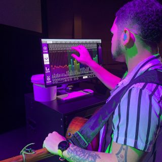 A PC at the side of Gateway Prosper's stage loaded with KLANG:app gives the worship team vocalists a simple interface to control their IEM mixes